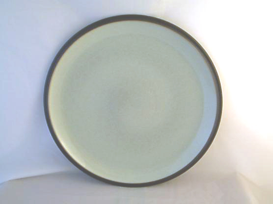 DENBY POTTERY ENERGY DINNER PLATES, (CHARCOAL/GREEN)