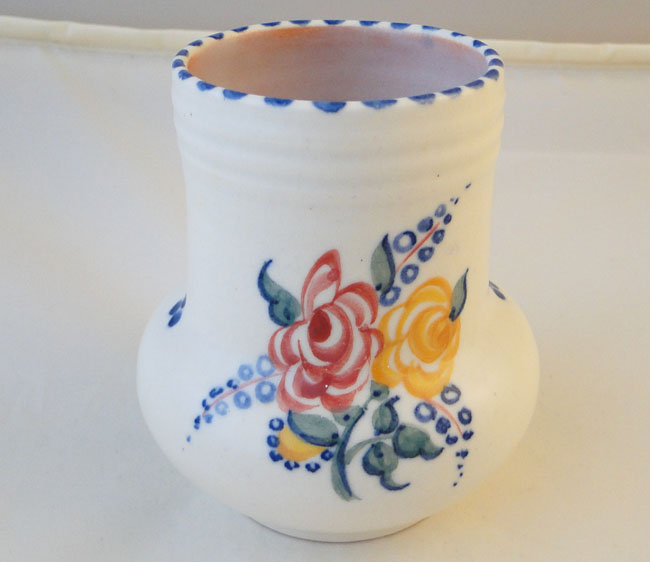 Poole Pottery Hand Painted Small Traditional Vase In The Bf Pattern