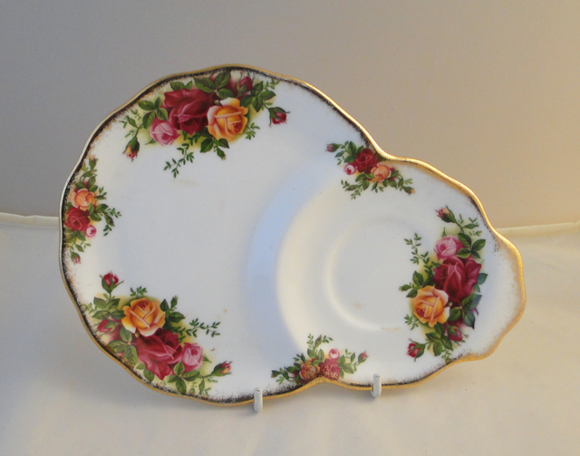 Royal Albert Old Country Roses Under Saucer Plates For The